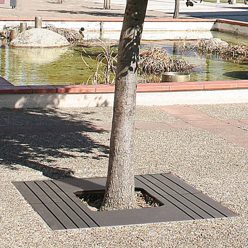 Grille d'arbre en acier / carrée ZOOM ACCENTURBA