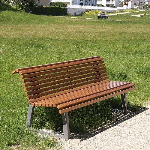 banc public / de jardin / contemporain / en chêne