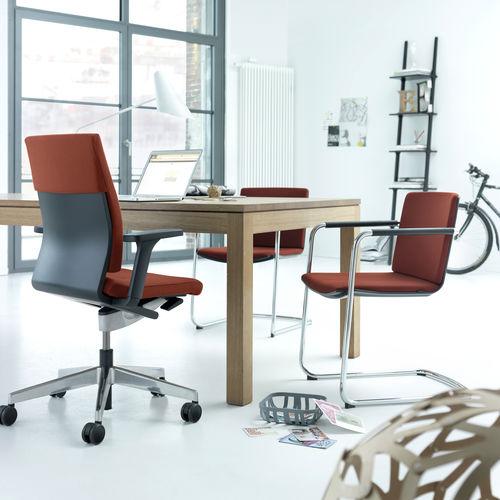 fauteuil de bureau contemporain / en tissu / à roulettes / piètement étoile