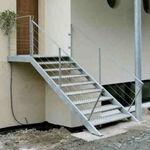 escalier droit / marche en acier inox / structure en acier inoxydable / sans contremarche