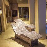 bain de soleil contemporain / en polystyrène expansé PSE / en fibre de verre / de piscine