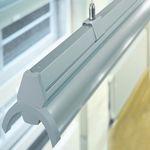 profil éclairant au plafond / fluorescent / système d'éclairage modulaire / professionnel