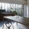 table contemporaine / en chêne naturel / en acier / en laiton