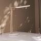 lampe de table / contemporaine / en bois / à LED
