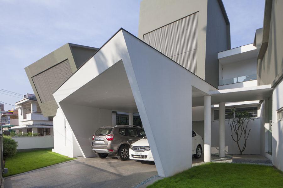 Un extérieur moderne sauvage de maison contient un intérieur moderne ...