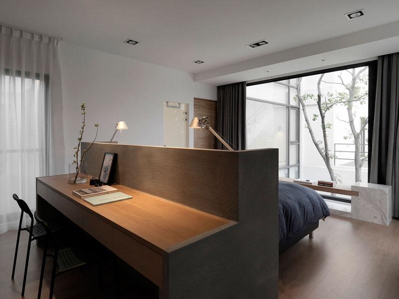 Idée de conception de chambre à coucher u un bureau construit dans