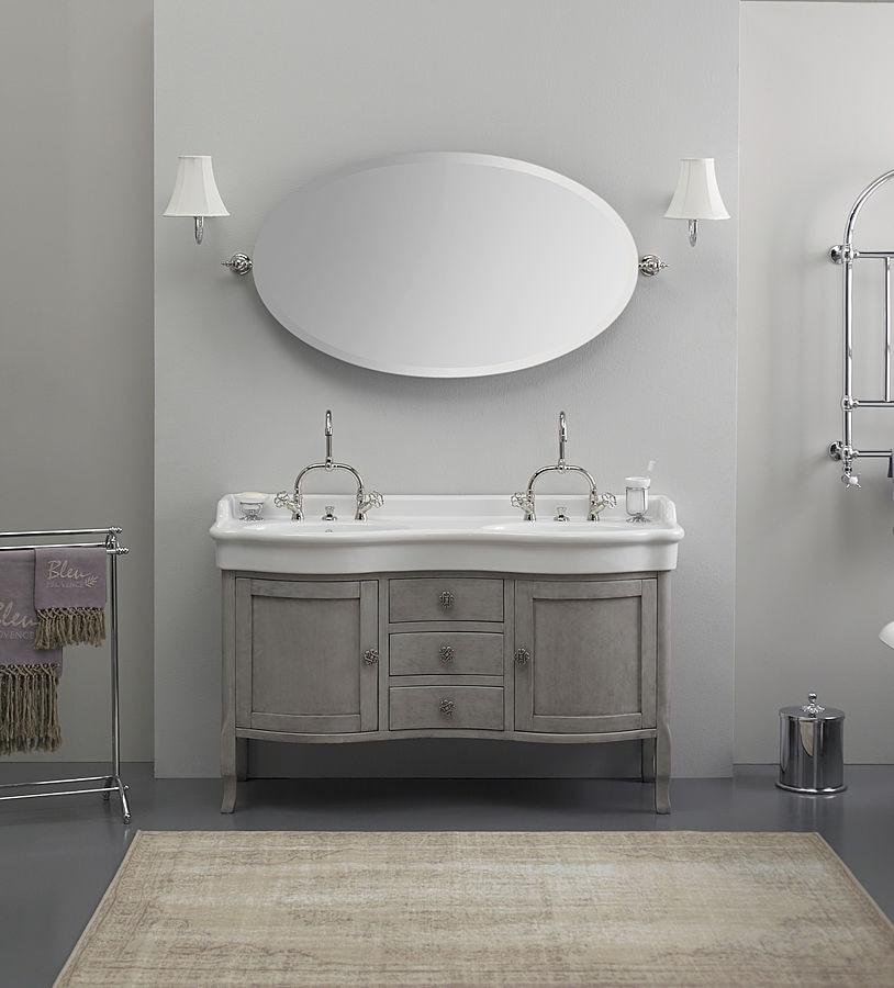 Magnifique Lavabo Double En Ceramique De Style Classique Sur Un
