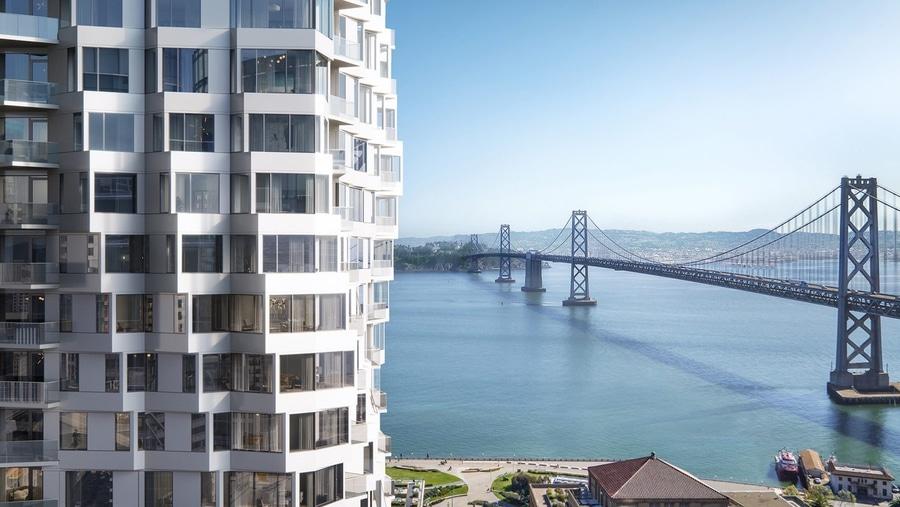 Incroyable Tour De Mira De La Bande De Studio à San Francisco Pour Comporter Tordre  Des Fenêtres