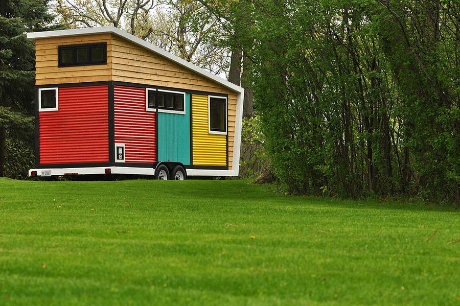 visuellement stupfiant lintrieur et dehors la maison minuscule de toybox revendique un - Modeles Coloration Interieur De Maison