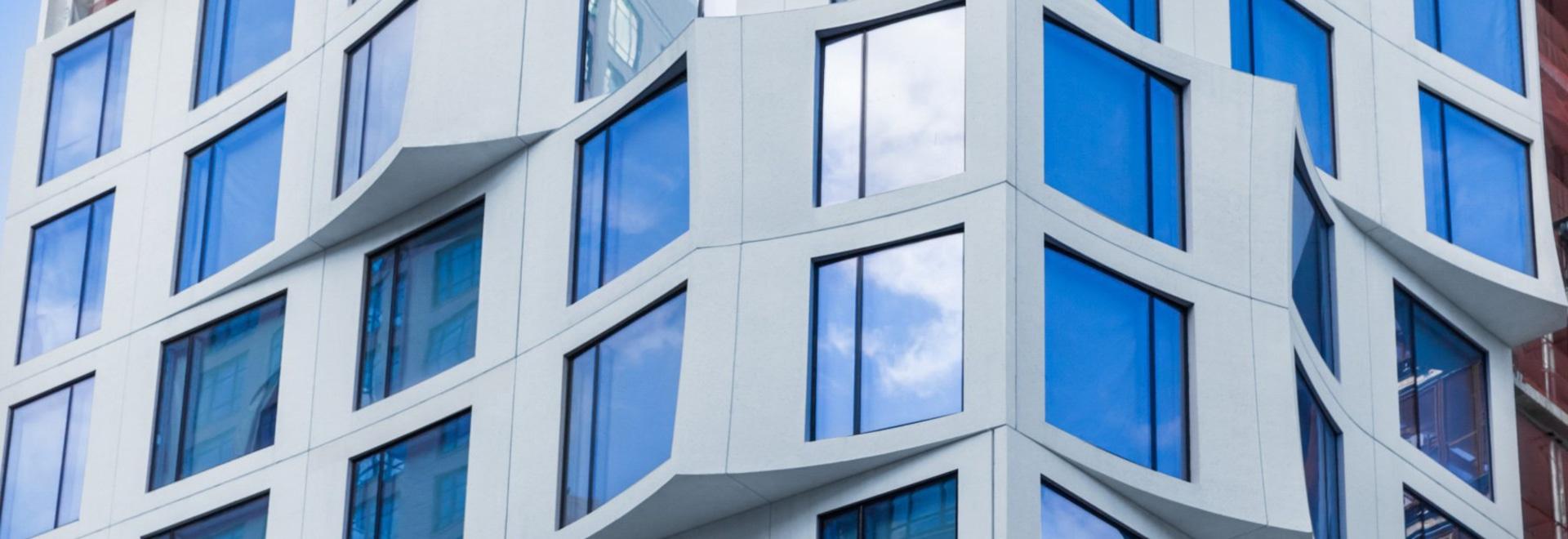 11 hoyt, une tour résidentielle de luxe par un gang de studios, au sommet du centre-ville de Brooklyn