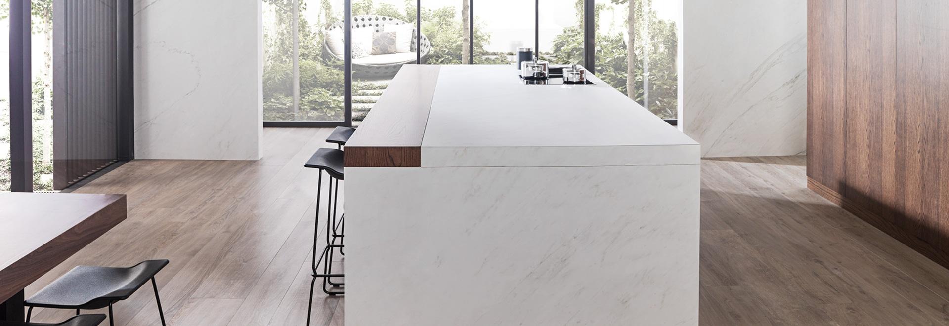 L'autenticity tuiles de porcelaine de PAR-KER® et de XLIGHT de grand format