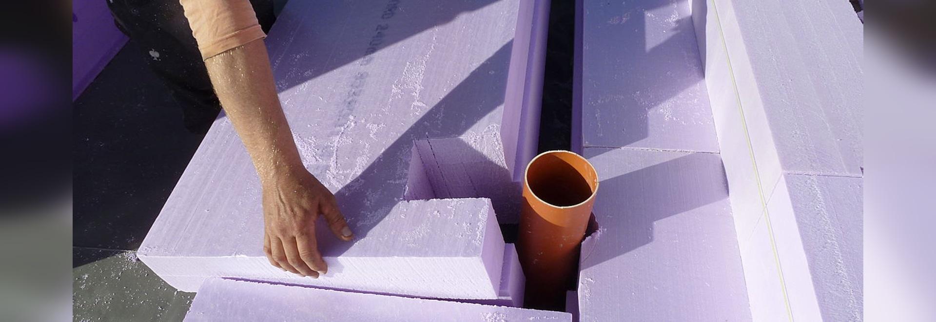 Chantier maison passive jackodur atlas assure lisolation thermique des dalles en béton