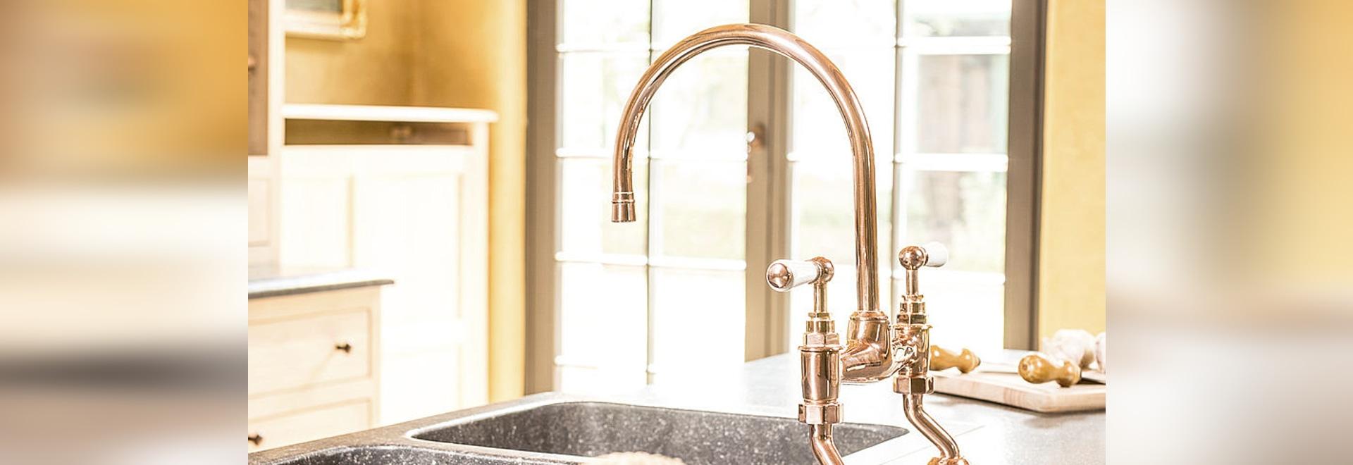 cuivrez la nouvelle couleur pour la cuisine et la salle de bains