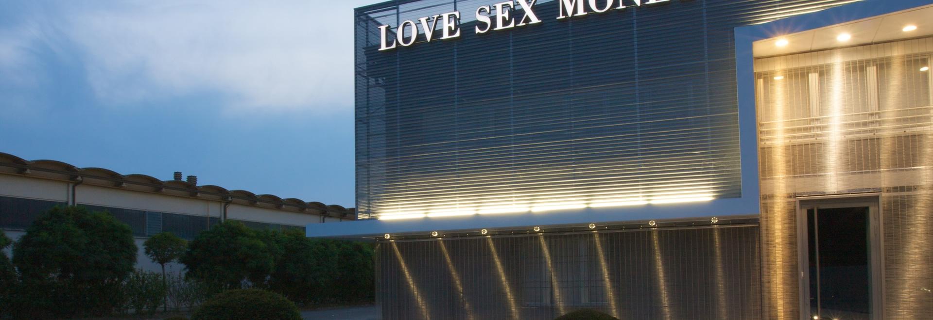 Des façades - aimez les sièges sociaux d'argent de sexe ; Carpi, Modène