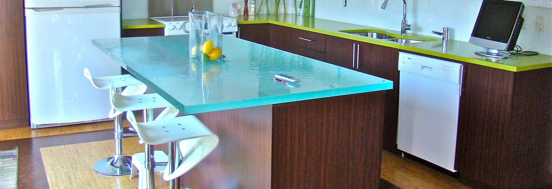 Plan de travail de cuisine en verre