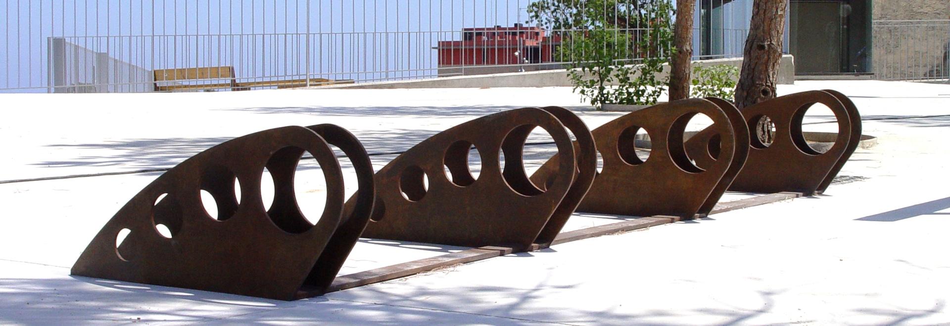 Stationnement de bicyclette de conception en acier de Corten.