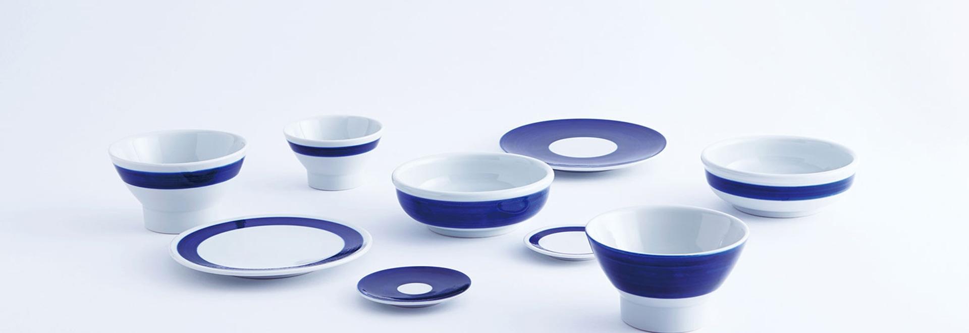Bleus de Tobeyaki : une nouvelle ligne de poterie de Shiro ao, de l ...
