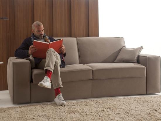 Onze : canapé-lit automatique