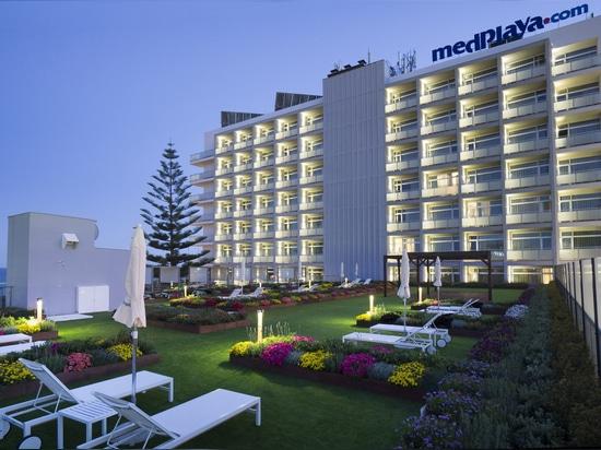 Jardin de terrasse d'hôtel de la Riviera