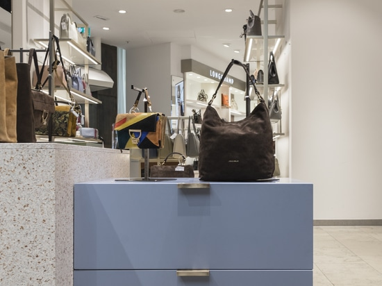 KRION introduit au cœur de Munich, Lundwing Beck, par le cabinet d'architecture Schiwitzke & Partner