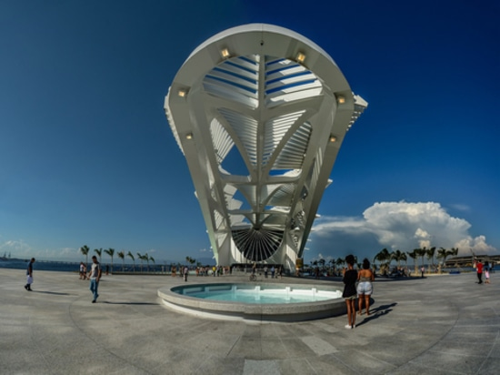 Le musée de flottement de Rio par Santiago Calatrava. Courtoisie de l'architecte.