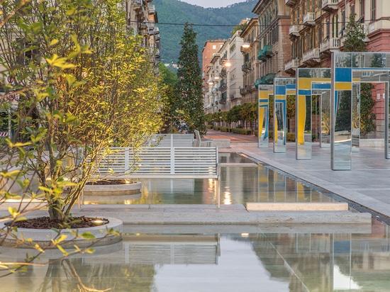 Fontaines de travertin sur la place de Verdi