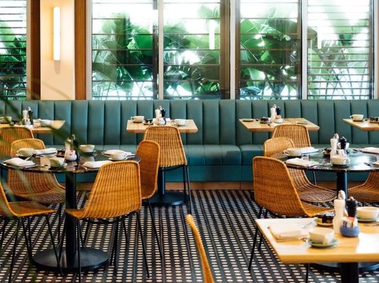 Le marquage à chaud et les intérieurs de mises à jour d'OMFGCO pour Hawaï Laylow hôtel