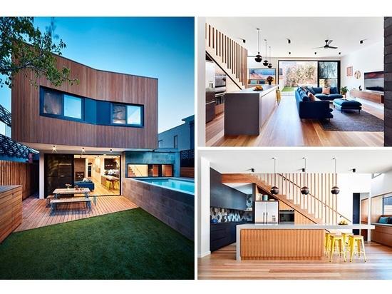 Une addition arrière et une piscine moulue ci-dessus ont été ajoutées à cette Chambre à Melbourne