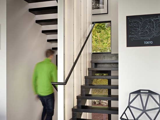 La Chambre de cycle par des architectes de chadbourne + de bordel
