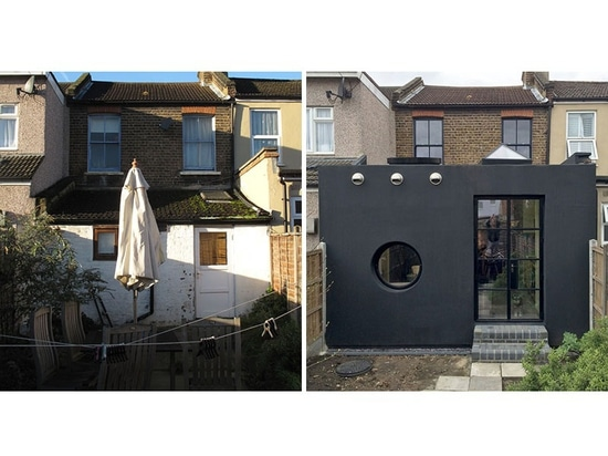 Le caoutchouc noir couvre l'extension sur cette Chambre à Londres