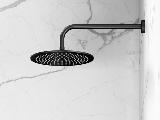NERO par le ® de Vallone : La nouvelle collection de robinet représente l'élégance subtile habillée dans le noir