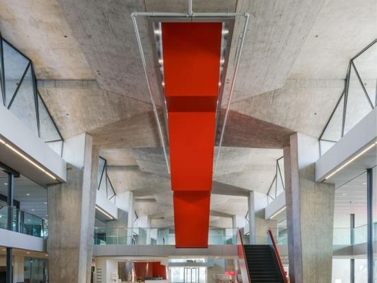 Atlas by Team V Architecture Award pour un bâtiment universitaire intelligent et durable
