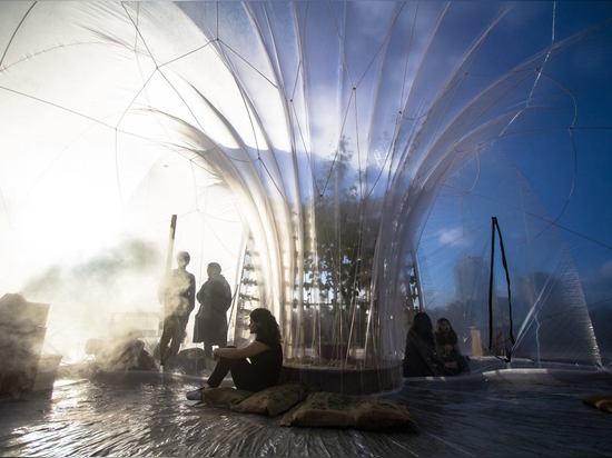 Une expérience de l'au-delà attend des visiteurs sur les banques de Londres ? fleuve la Tamise de s. Conçu par le studio local Loop.pH, la station thermale de neuf ormes et l'expérience horticoles ...