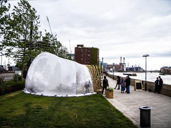 Expériences horticoles de station thermale et d'apothicaire les de neuf ormes sont un espace public expérimental créé pour coïncider avec le festival continu de frange de Chelsea et le festival de ...