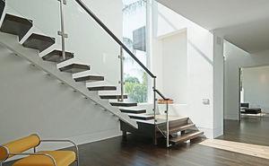 Escaliers, Ascenseurs