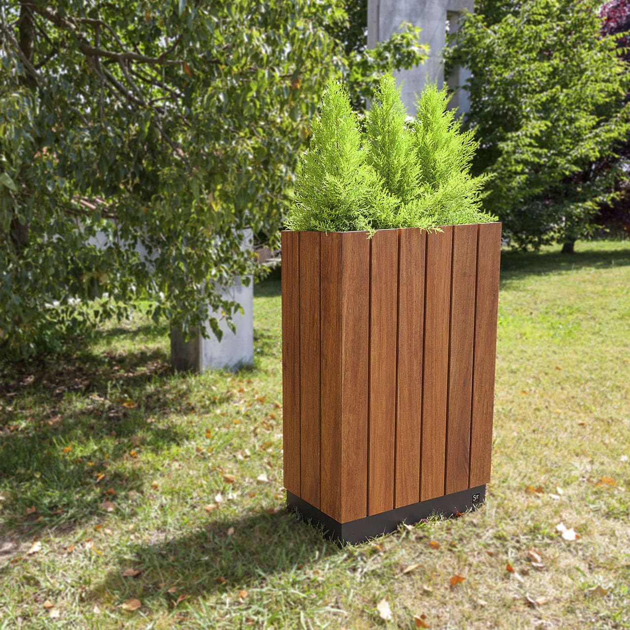 Jardinière En Bois En Hauteur jardinière en bois / en fer / en hauteur / contemporaine