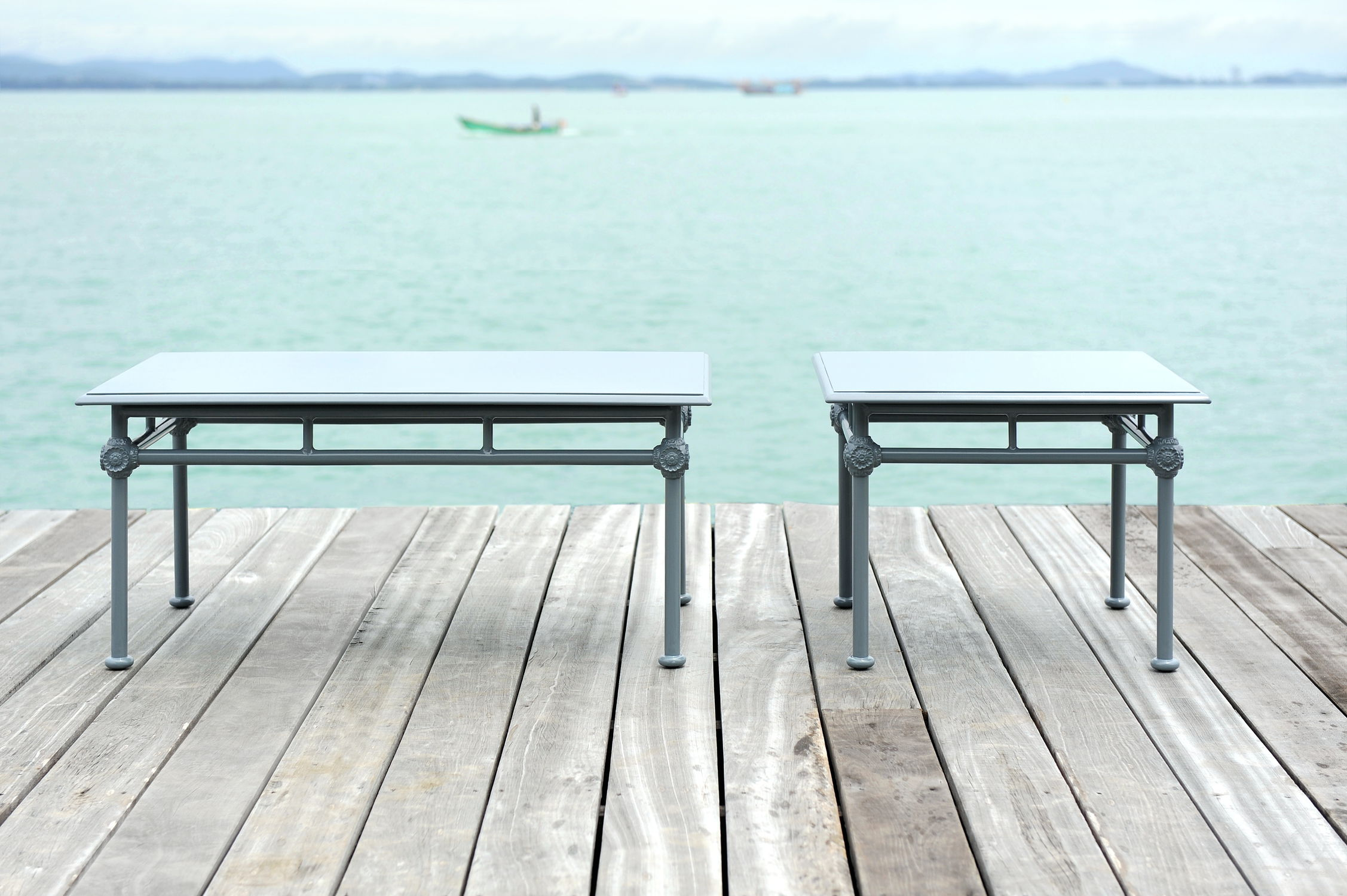 Table basse classique / en aluminium laqué / rectangulaire ...