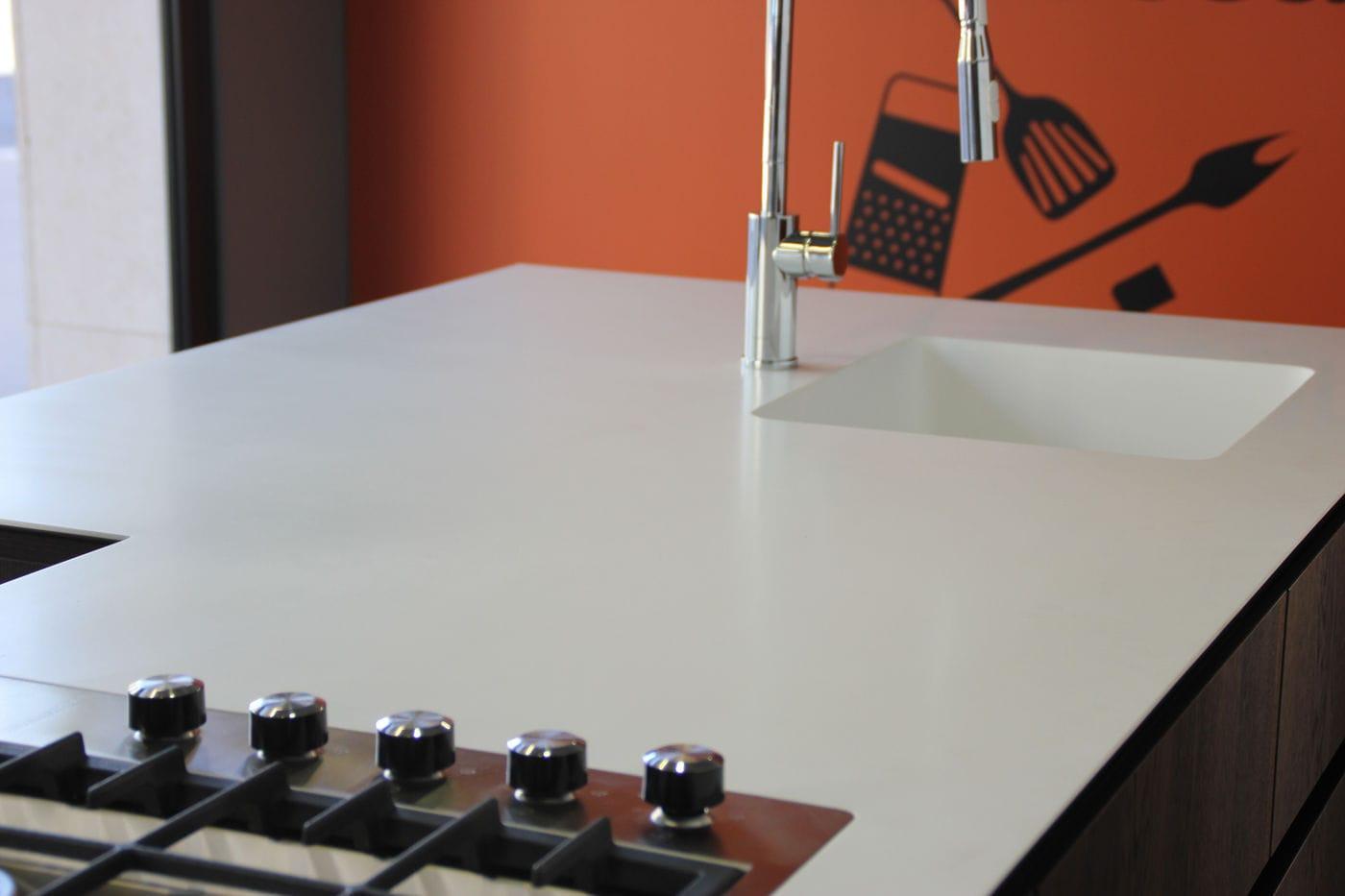 Plan De Travail Avec Jambage plan de travail en solid surface / de cuisine - 3 - v-korr