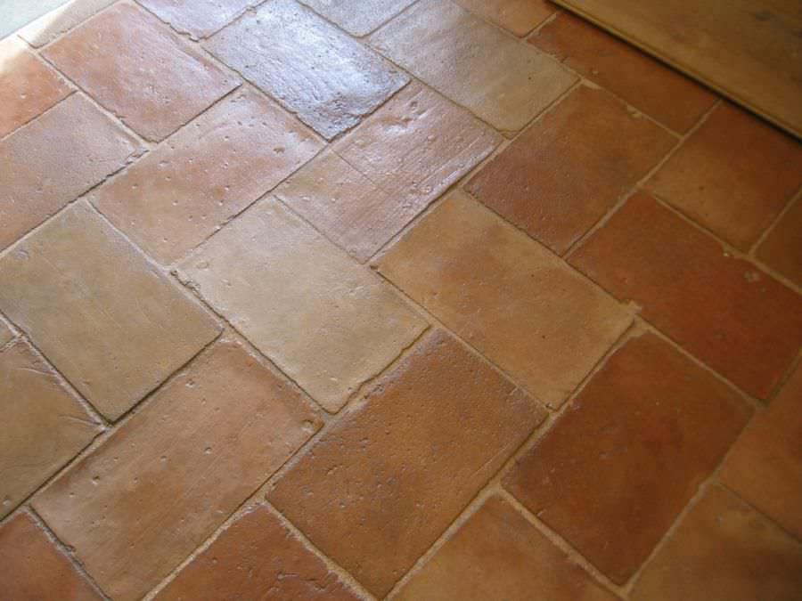 Carrelage D Interieur Parefeuille 02036 Bca Materiaux Anciens De Sol En Terracotta Vieilli