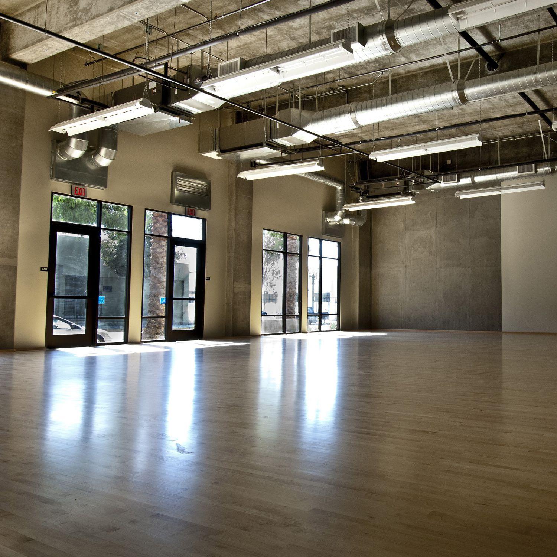 Sol Pour Salle De Sport sol sportif en bois / d'intérieur / pour salle de danse