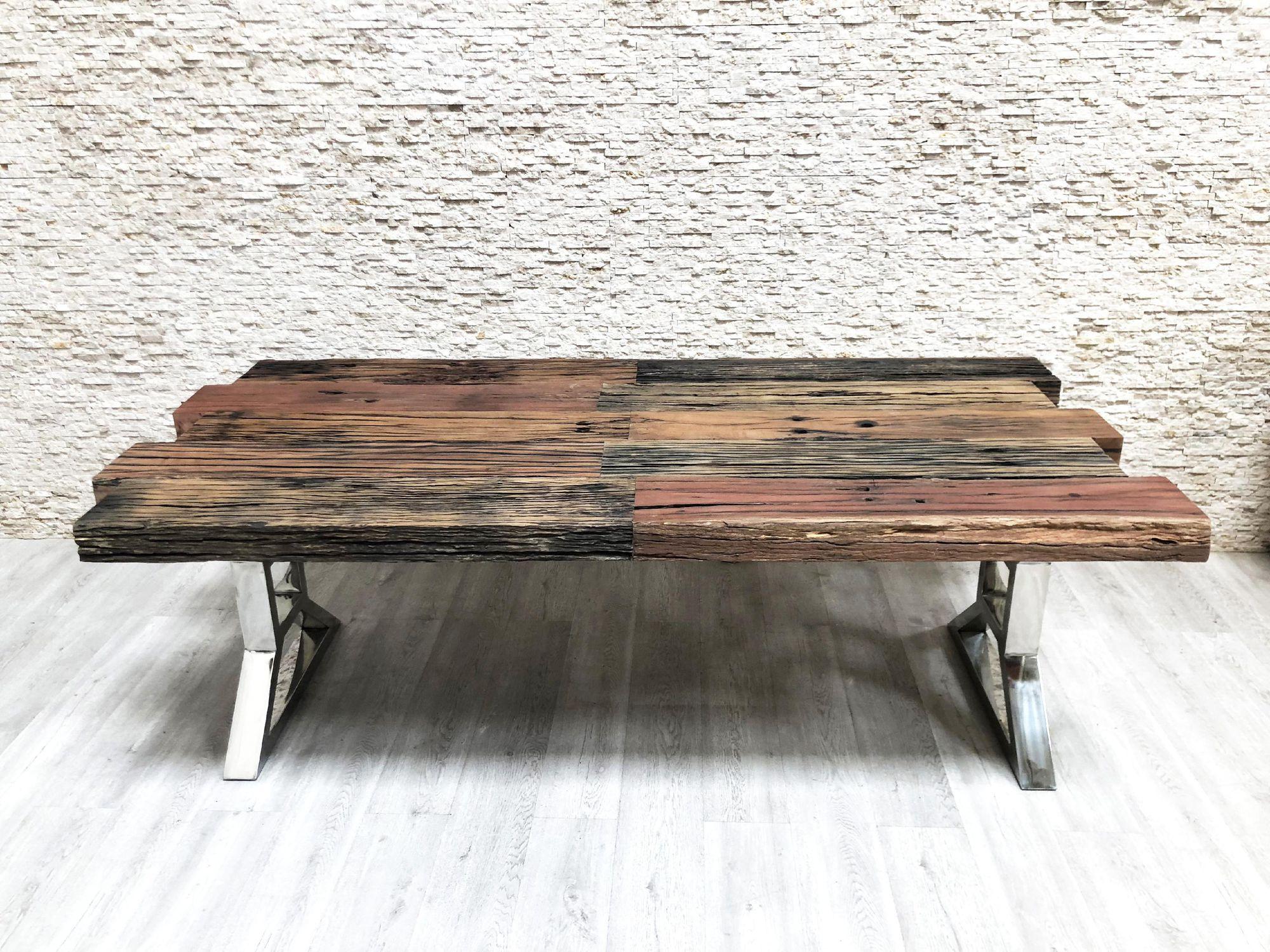 Table À Manger Industrielle table à manger de style industriel / en bois massif / avec piètement en  métal / rectangulaire