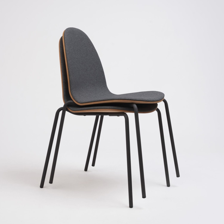 Chaise contemporaine BOB Ondarreta tapissée