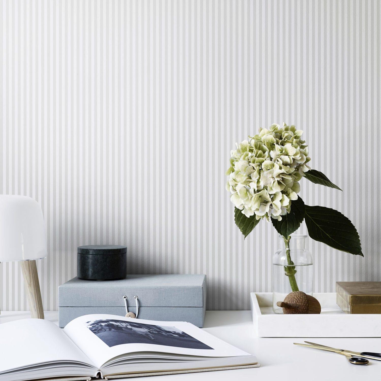 Papier Peint A Rayure Gris Et Blanc papier peint contemporain / à rayures / blanc / gris