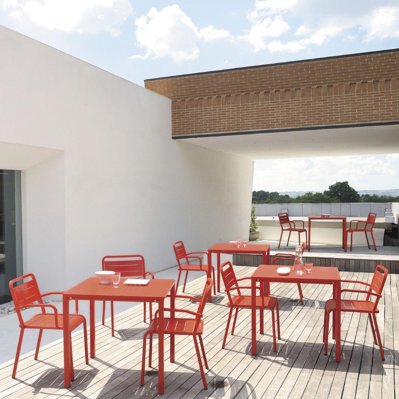 URBAN by Samuel Wilkinson - Table contemporaine / en aluminium / carrée /  de jardin by EMU   ArchiExpo