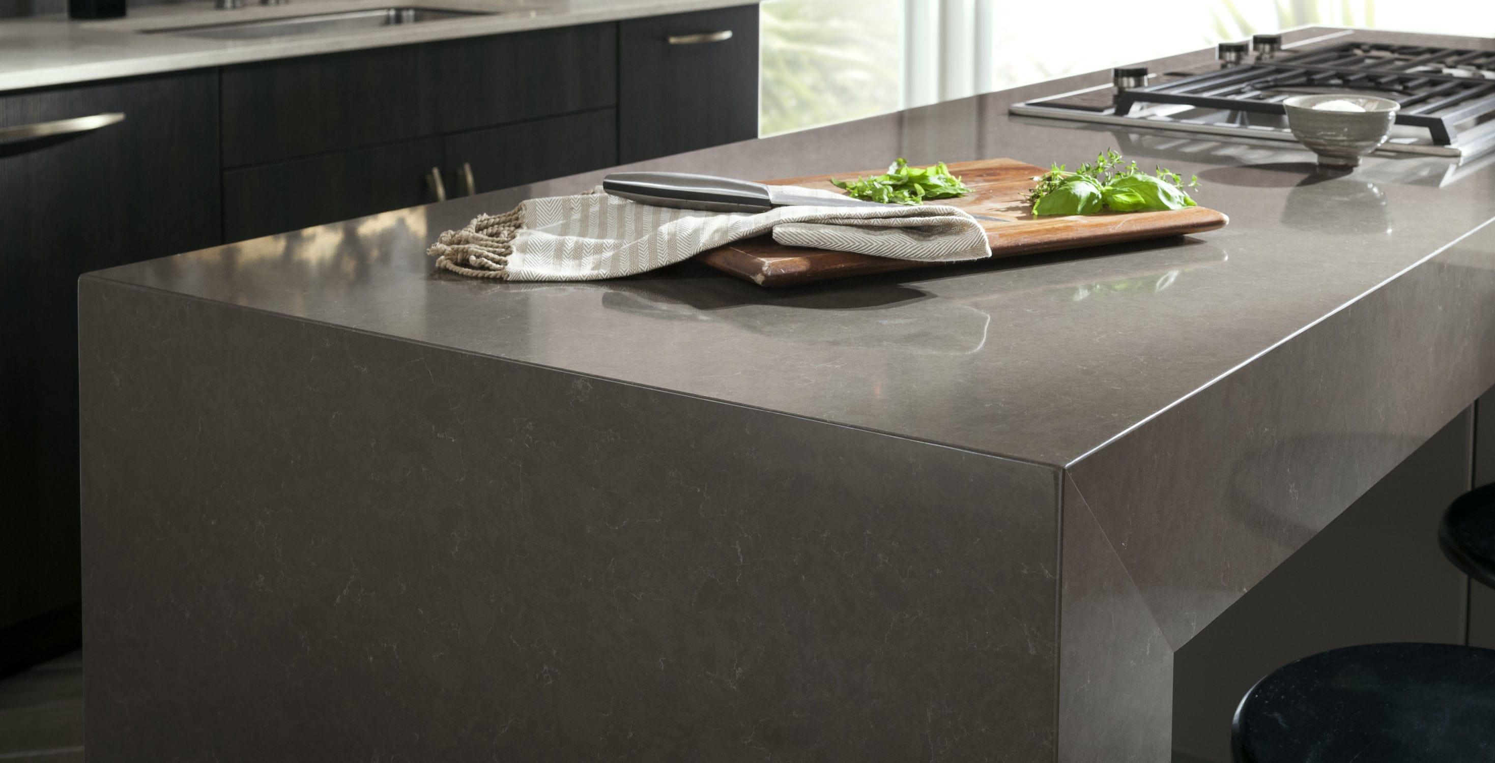Plan De Travail Quartz Resistance Chaleur plan de travail en silestone® / de cuisine / blanc / gris
