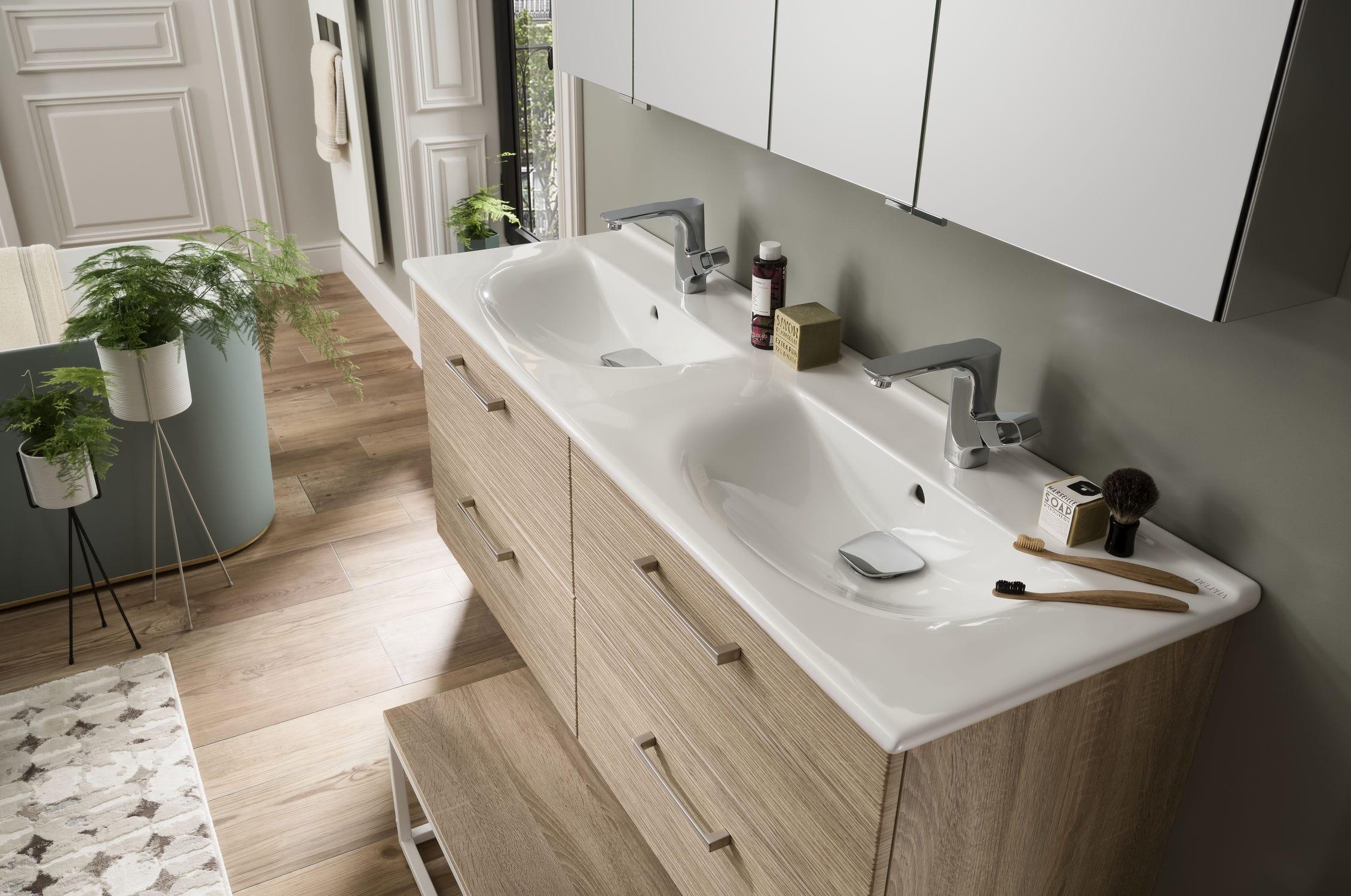 Salle de bain contemporaine / en céramique / en chêne / sur ...