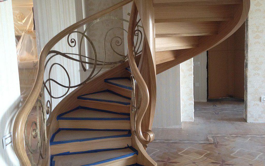 Escalier hélicoïdal - BAKU - Siller Stairs - structure en ...