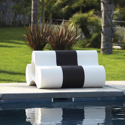 WHEELY by Studio Pang - Banc de jardin / design original / en polyéthylène  / modulaire by SLIDE | ArchiExpo