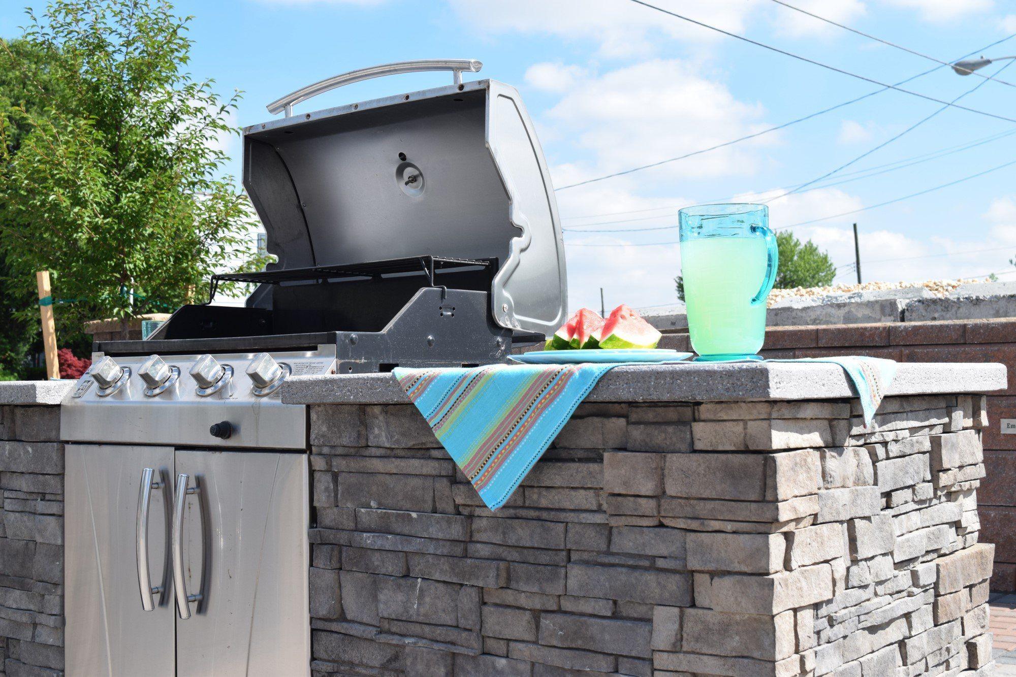 Barbecue En Pierre De Parement plaquette de parement en pierre / intérieure / extérieure