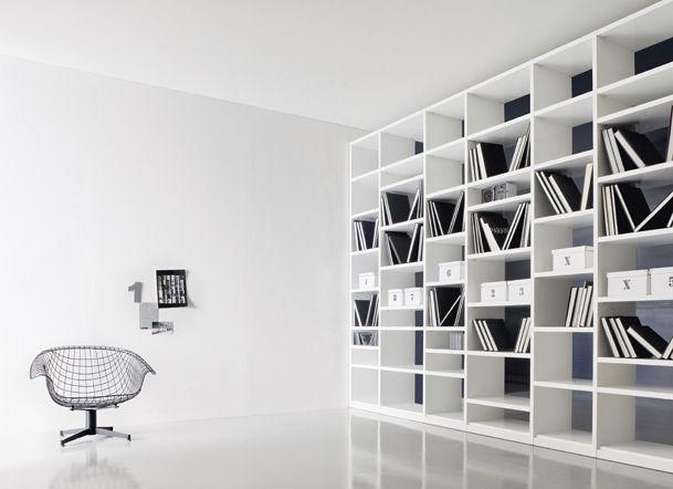 Bibliothèque contemporaine / en bois / en bois laqué ...